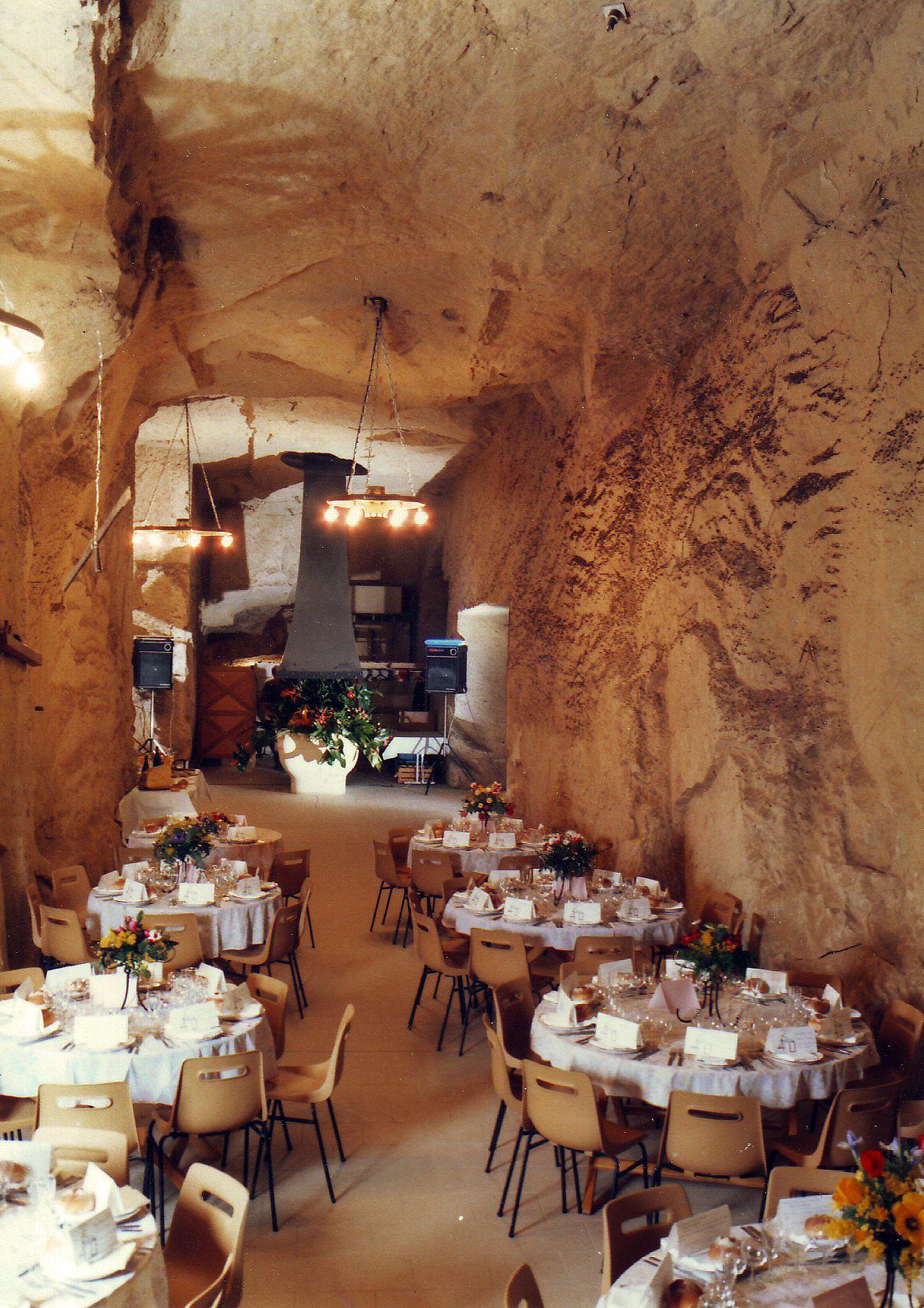 Salle de réception cave monplaisir de chinon