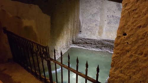 humidité de la cave Monplaisir et sa source