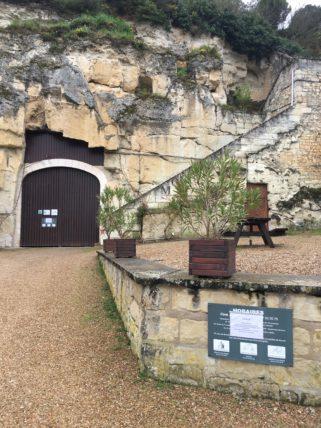 entree de la cave monplaisir